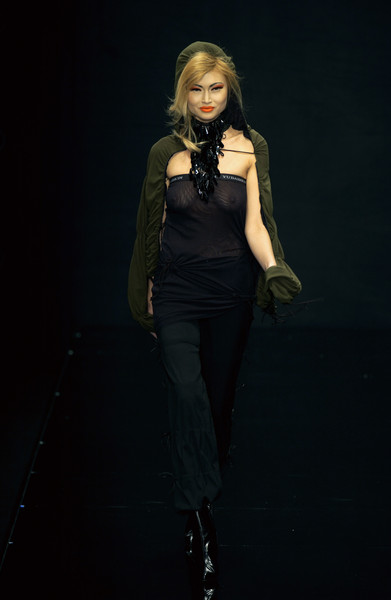 Valentin Yudashkin at Milan Fall 2003