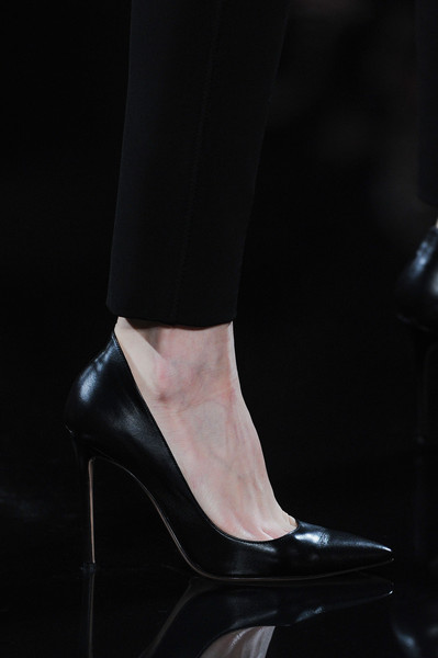 Valentin Yudashkin at Paris Fall 2014 (Details)