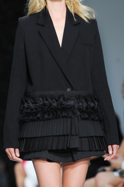 Vera Wang at New York Spring 2015 (Details)