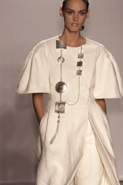 Véronique Leroy at Paris Spring 2006 (Details)