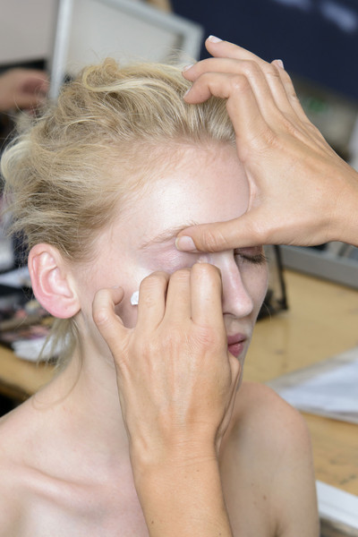Véronique Leroy at Paris Spring 2014 (Backstage)