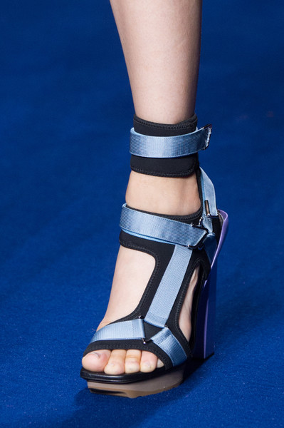 Versace at Milan Spring 2017 (Details) [footwear,sandal,shoe,high heels,ankle,leg,human leg,fashion,joint,toe,shoe,shoe,ballet flat,footwear,fashion,heel,leg,sandal,versace,milan fashion week,shoe,high-heeled shoe,sportmax,fashion,heel,sandal,ballet flat,milan]