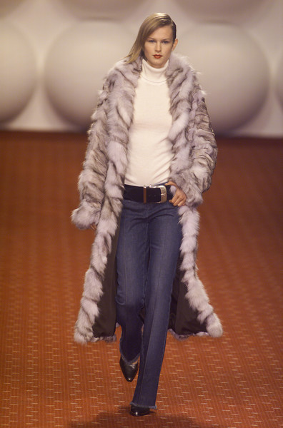 Victor Alfaro at Milan Fall 2001