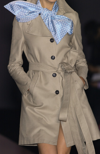 Viktor & Rolf at Paris Spring 2004 (Details) [clothing,trench coat,coat,fashion,outerwear,fashion model,fashion design,overcoat,duster,beige,overcoat,fashion,trench coat,beige,model,haute couture,runway,clothing,paris fashion week,fashion show,trench coat,runway,fashion show,fashion,overcoat,haute couture,model,beige]