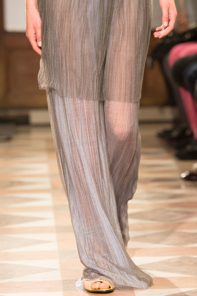 Vionnet at Paris Spring 2017 (Details) [fashion,haute couture,clothing,leg,human leg,long hair,fashion model,runway,thigh,fashion show,fashion,haute couture,runway,model,leg,clothing,fashion model,thigh,vionnet,paris fashion week,haute couture,runway,model,fashion]