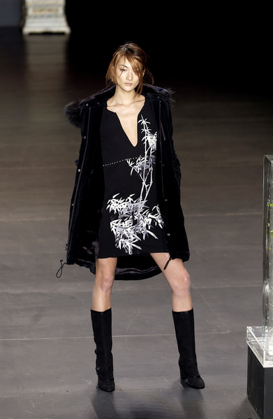 Vivienne Tam at New York Fall 2003
