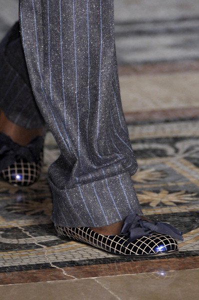 Vivienne Westwood Red Label at London Fall 2010 (Details)