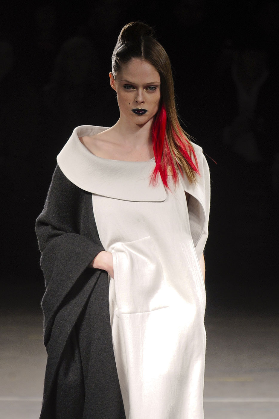 Coco Rocha and Her Daughter Walk Runway At Paris Couture Week 84