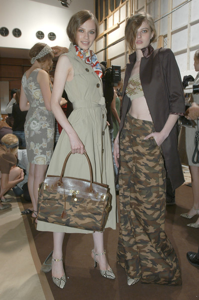 Yuki Torii at Paris Spring 2007 (Backstage)