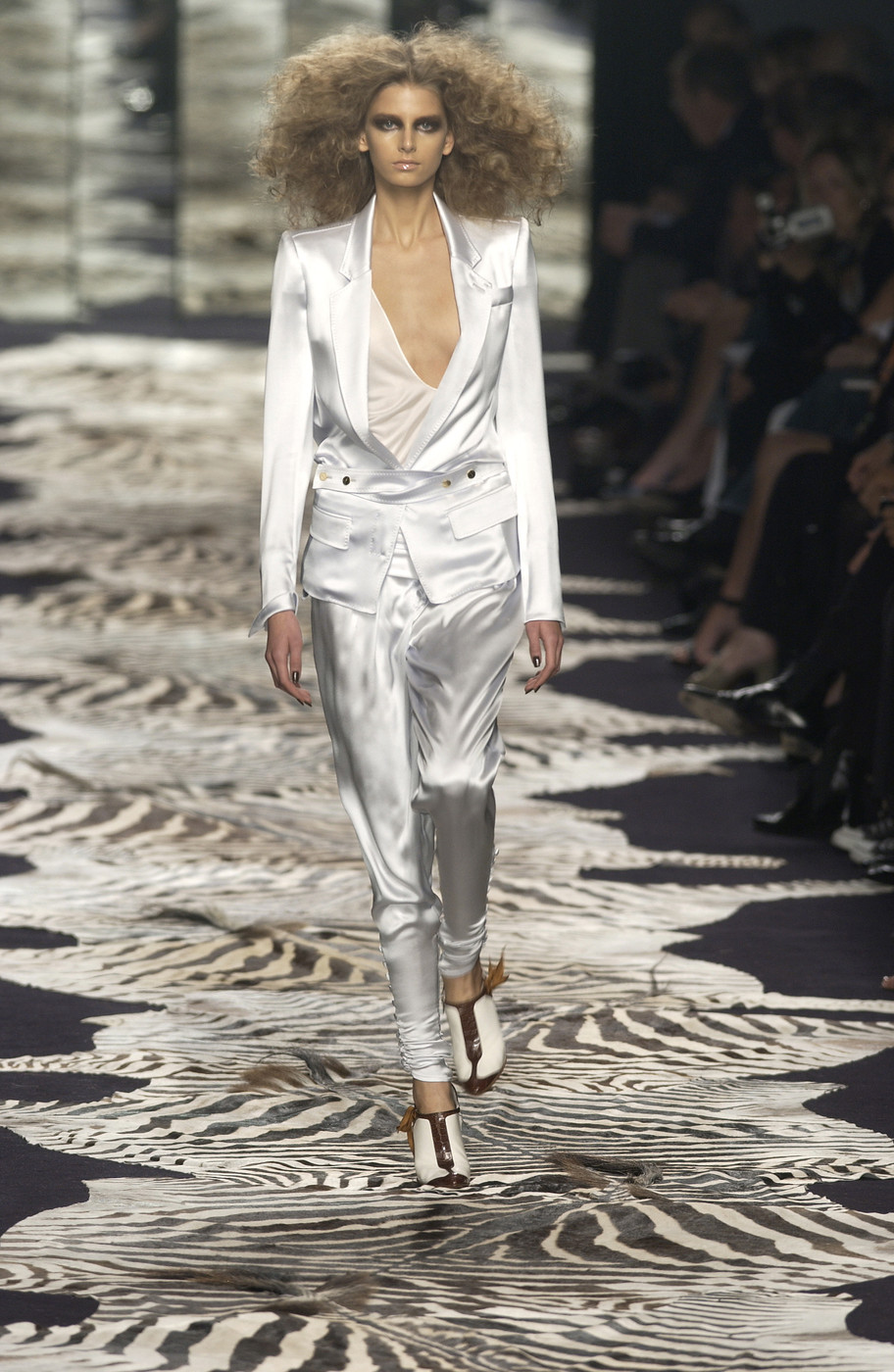 Buy Saint yves laurent spring picture trends