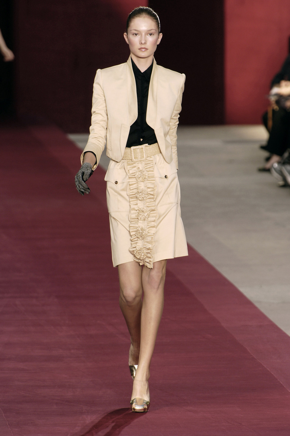 Yves Saint Laurent At Paris Fashion Week Spring 2006 Livingly