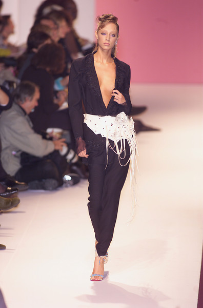 hr UNGARO_6Mp at Paris Spring 2001