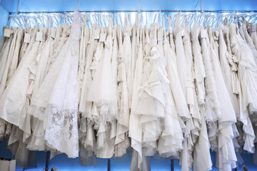 10 Tips for Finding the Wedding Dress of Your Dreams