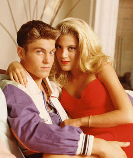 Donna and David from \'Beverly Hills 90210\' - Halloween Costumes ...