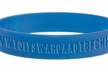 Let's All Take a Minute to Appreciate This Bracelet