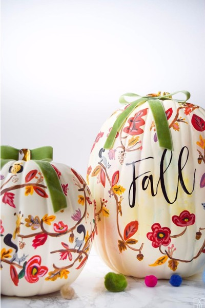 Hand Paint Pumpkins