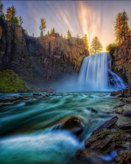 Rainbow Falls, California, U.S.