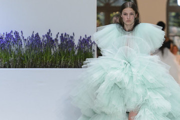 The Must-See Runway Dresses From Paris Couture Week