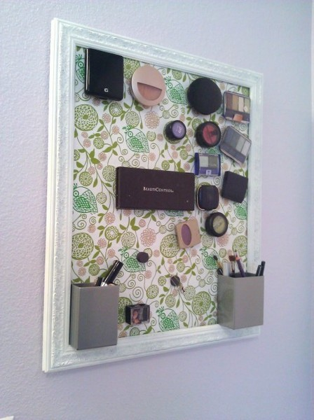 Makeup Organization Tip #3: Magnetic Makeup Board