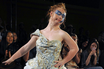 Watch Madeline Stuart, the Aussie Teen With Down Syndrome, Rock the Runway at New York Fashion Week