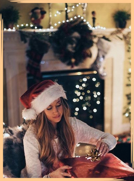 How To Survive the Holidays When You're Single AF