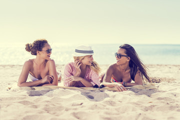 Start Your Spring Break Beauty Prep Early With These Tips