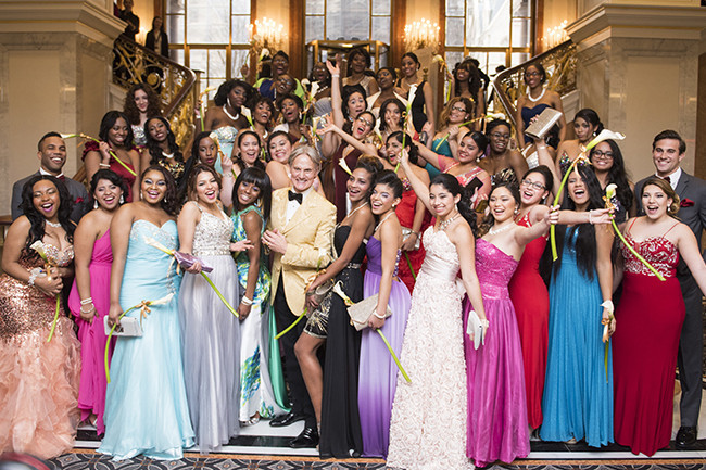 monte durham helps high schoolers say yes to the prom