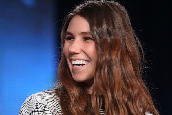 Zosia Mamet Wants to Write About Eyebrows