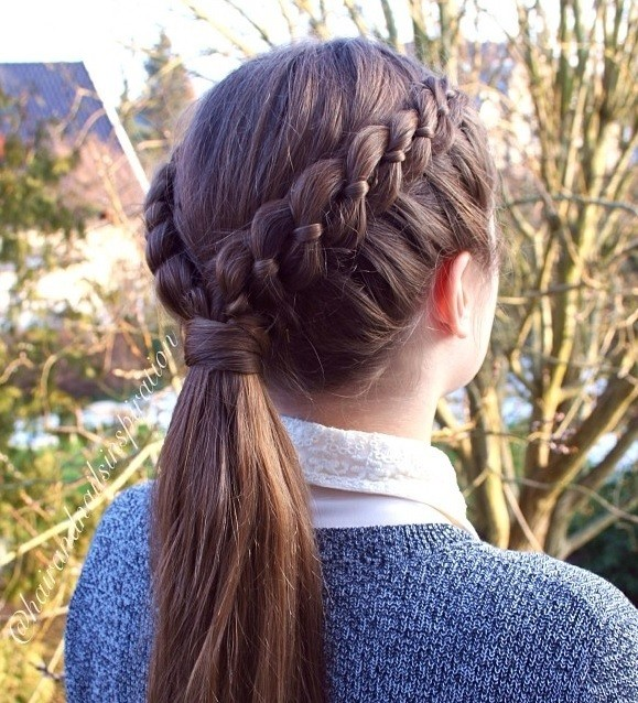 A 4-Strand Lace Braid With Ponytail.