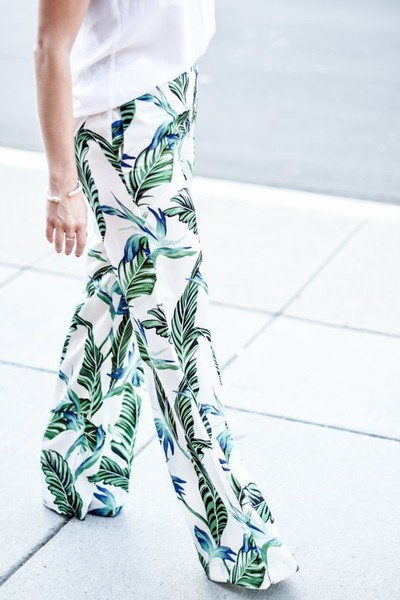 Summer Fashion Trends: Tropical Print