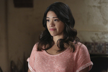 Find Out What Gina Rodriguez's Hair Reveals About Her on 'Jane the Virgin'