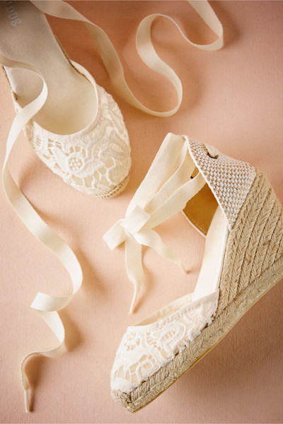 Judith Lace Wedges