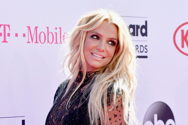 The Best Looks from the 2016 Billboard Music Awards
