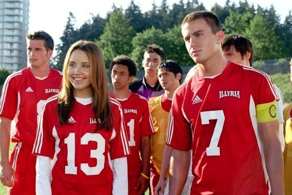 Lessons We Learned From 'She's The Man'