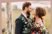 These Beautiful and Cozy Details Will Make You Want a Thanksgiving Wedding