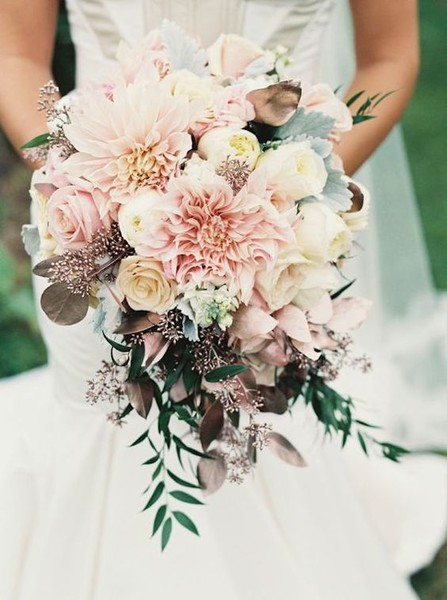Moody Blush Bouquet