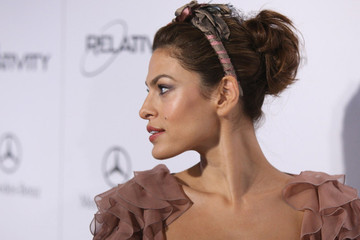 Eva Mendes Will Change the Way You Think About Drugstore Makeup