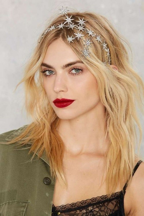 Star Crown - New Year's Eve Beauty Ideas To Try - Livingly