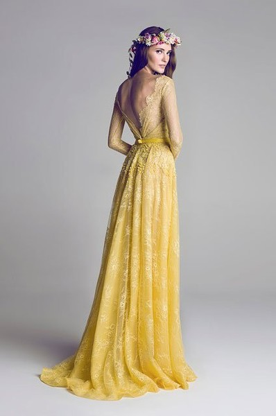 Hamda Al Fahim\'s Yellow Lace - Dreamy Wedding Dresses That Aren\'t ...