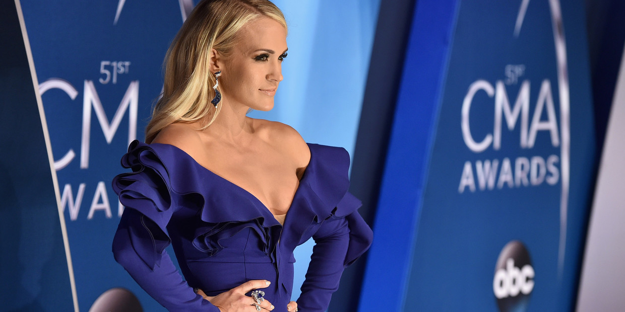 The Most Daring Dresses Ever Worn At The Cma Awards Livingly