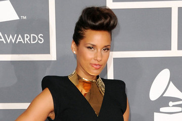 Alicia Keys' Sexy Retro-Inspired Look at the 54th Annual Grammy Awards