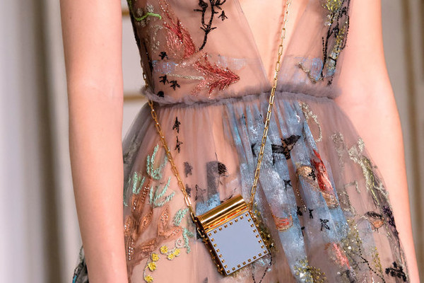 The Most Magnificent Details from the Spring '17 Paris Runways