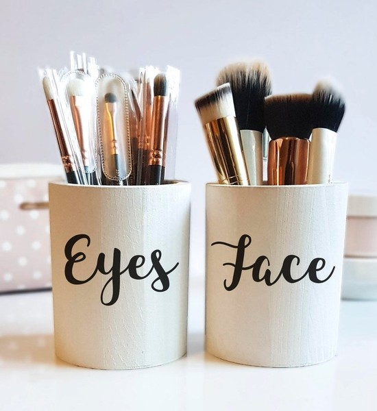 Makeup Organization Tip #2: Brush Storage