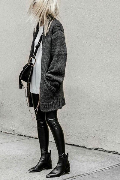Layer With An Oversized Sweater