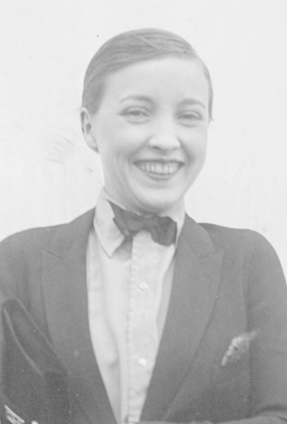 The Eton Crop Bizarre Beauty Trends From The 20s You Won T
