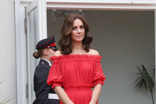 Look of the Day: Kate's Ravishing Red