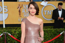 Style Crush: Emilia Clarke on the Red Carpet