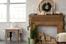 10 Easy Ways to Decorate Your Small Space for the Holidays