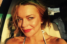 Lindsay Lohan Posts 'Parent Trap' Selfie, Reminds Us of Better Days