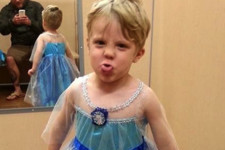 Dad of the Year Fully Supports Son's Choice to Be 'Frozen's' Elsa for Halloween